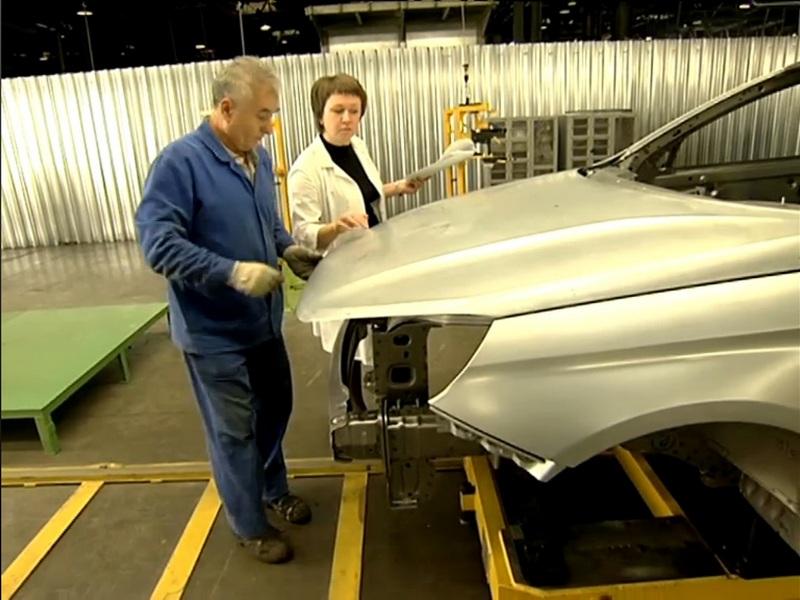 «АвтоВАЗ» начал сборку седана Lada Vesta