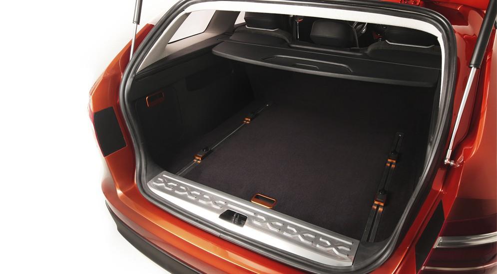 LADA Vesta Cross Concept багажник